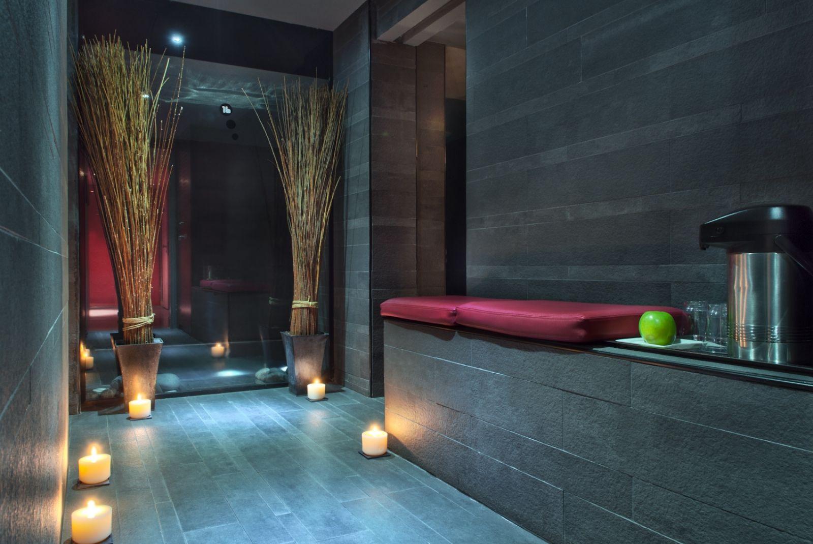 Hotel sezz paris emporium travel luxushotels luxusreisen for Hotel spa paris couple